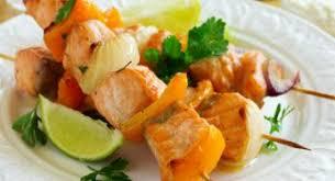 Balık yemeği olarak Somon şiş