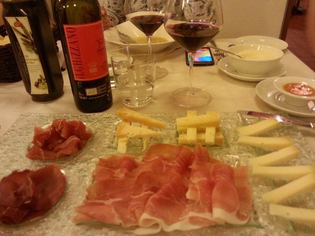 Füme Tabağı ve Toskana Şarabı