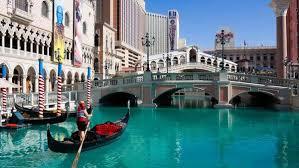 Kanallar Şehri Venedik ve Gondol