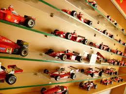 Model F1 Koleksiyoneri