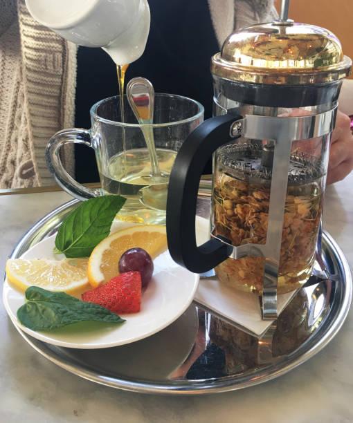 French Pres de Papatya çayı