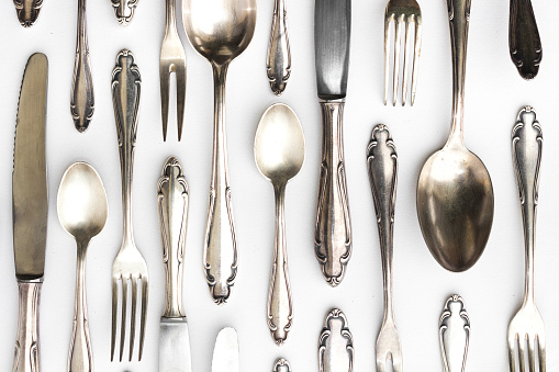 Gümüş çatal, kaşık, bıçak takımı