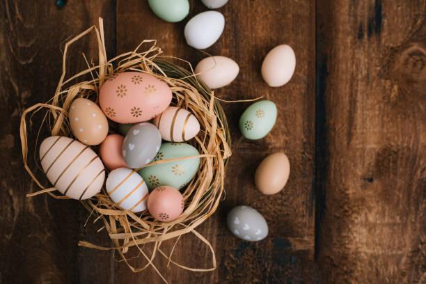 Yumurtaları boyamak