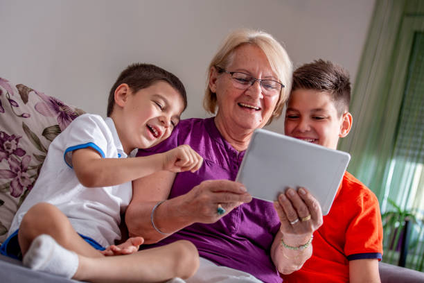 Büyükanneler ve Büyükbabalar ile teknoloji kullanımı