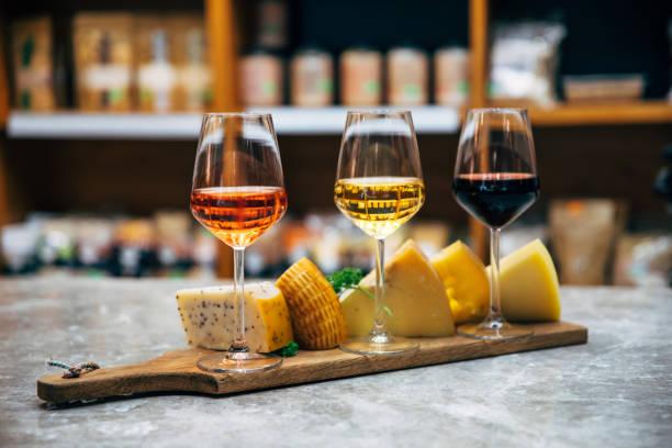 Peynirler ve şarap eşleşmesi
