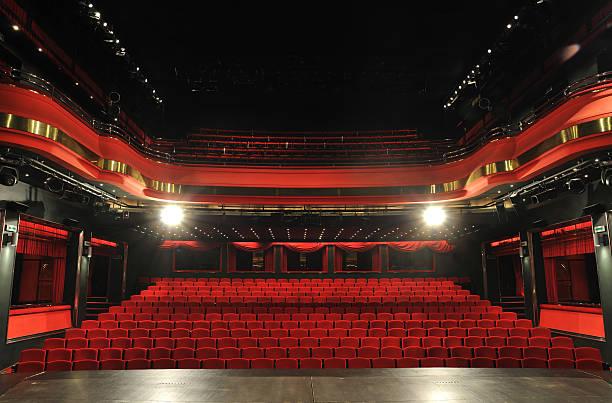 Devlet Tiyatroları Opera ve Balesi gösterileri