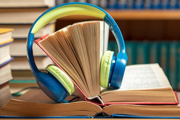 Sesli kitap dinlemek