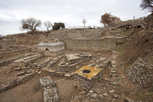 Troya antik kent kazıları